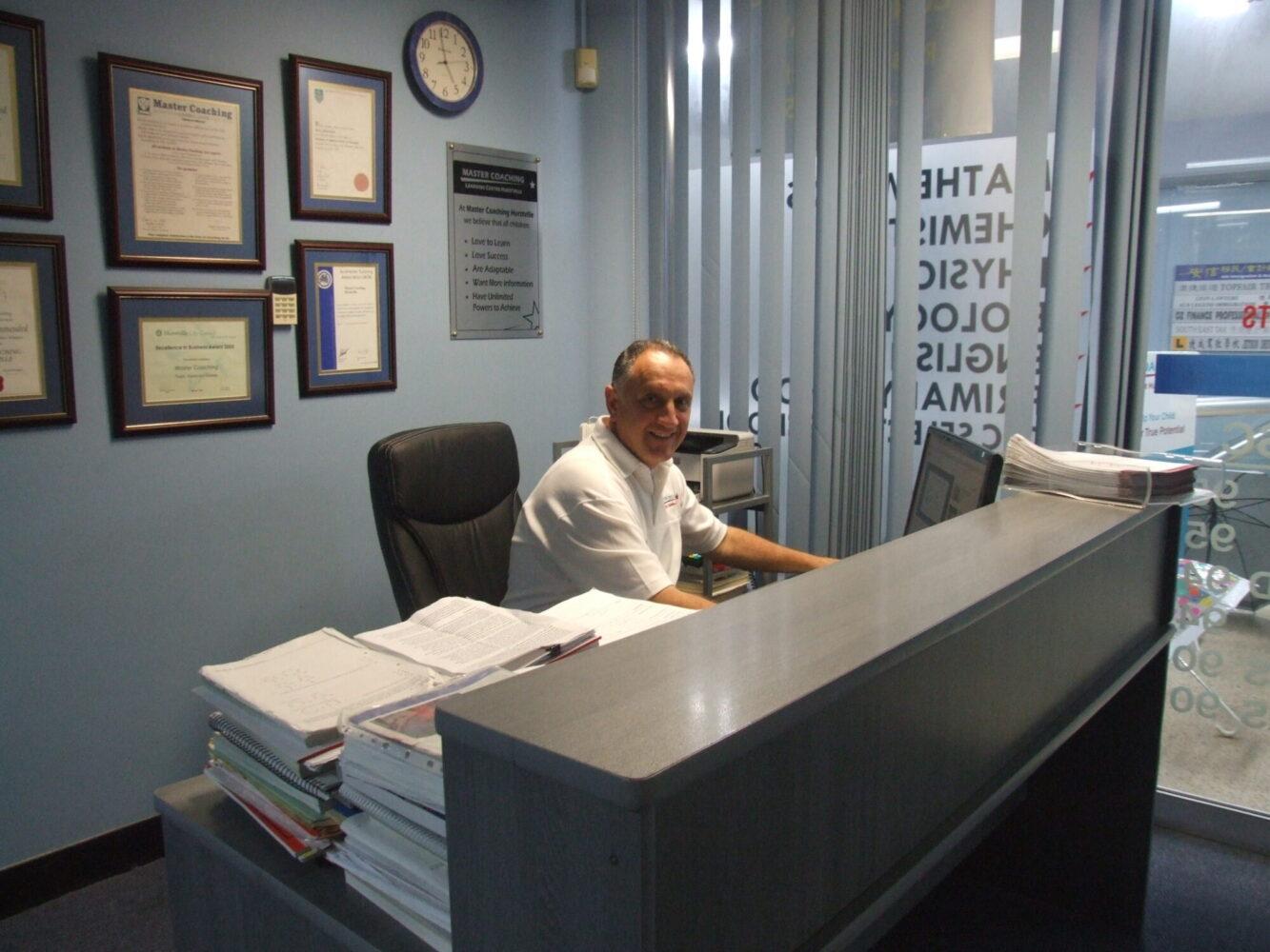 chemistry tutor harry athanasatos scaled